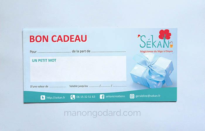 Bon cadeau pour la marque SeKaN, entrepreneuse créatrice de sacs, couturière. Graphiste : Manon Godard