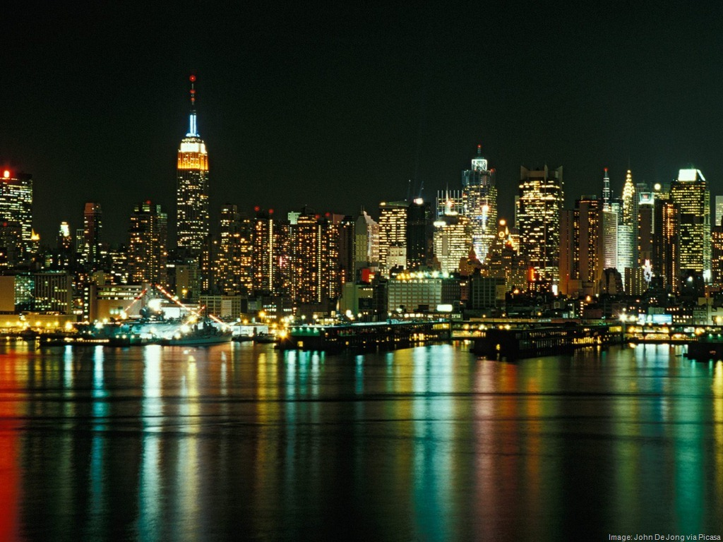 New-York-City-Skyline-as-Seen-From-Weehawken-New-Jersey.