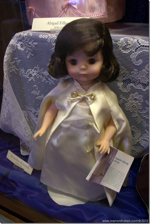 Jacqueline Kennedy doll