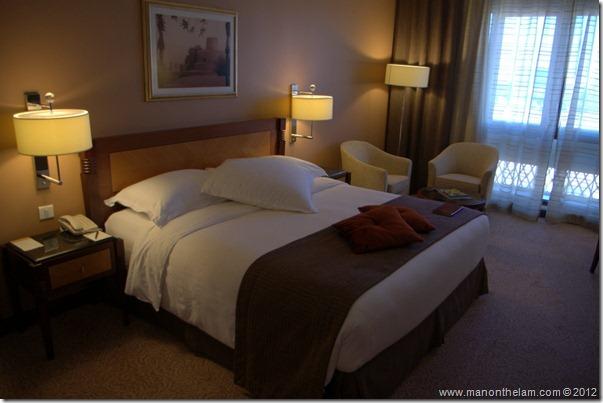 Bedroom -- Mövenpick Hotel Bur Dubai, Dubai, UAE