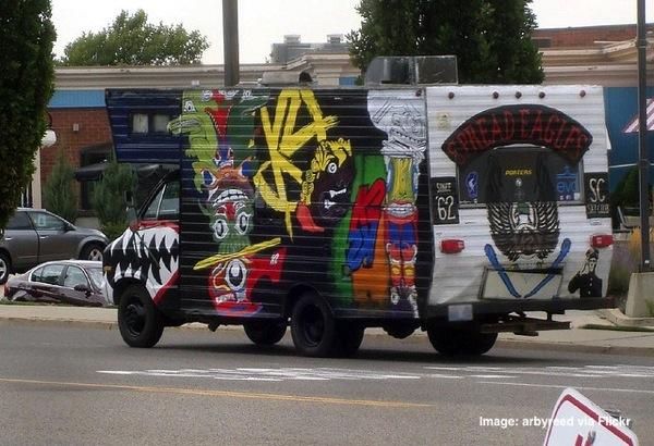 Graffiti caravan