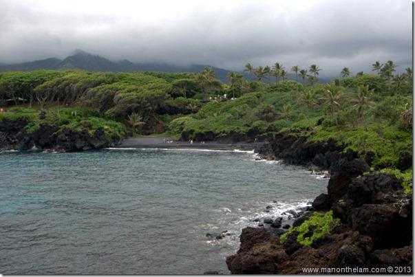 Black sand beach at Waianapanapa State Wayside Park, Maui, Hawaii-135