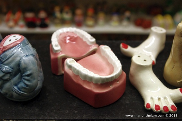 False teeth Salt and Pepper Shakers Museum Guadalest