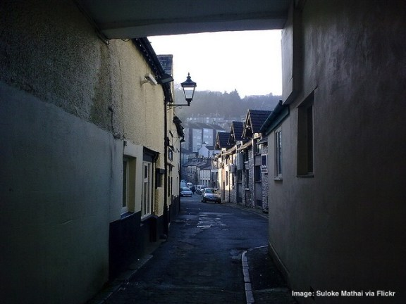 Known for its grey limestone houses, Kendal is a charming holiday destination.