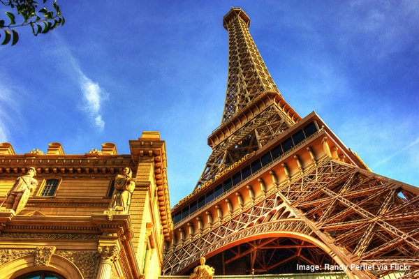 Las-Vegas-Paris-Eiffel-Tower-HDR.jpg