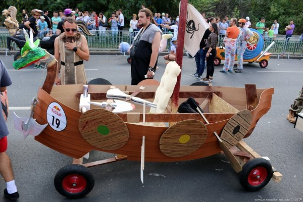 Red-Bull-Soapbox-Race-Bucharest-Romania-Viking-ship-racer-design.jpg