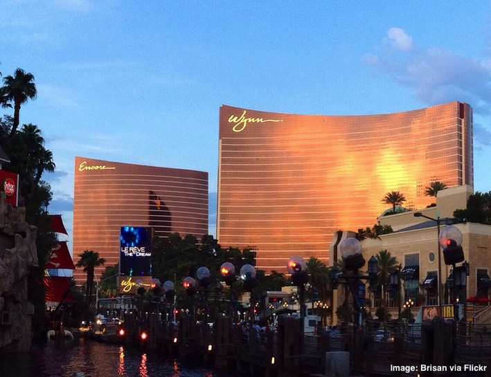 Encore-and-Wynn-Hotels-Las-Vegas-Nevada.jpg
