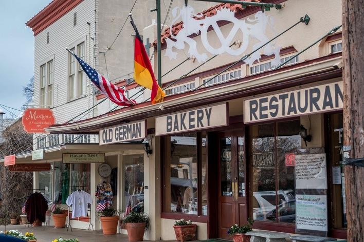 Man On The Lam Top 100 Travel Blog Posts of 2015 so far by social media shares  Fredericksburg main street 1