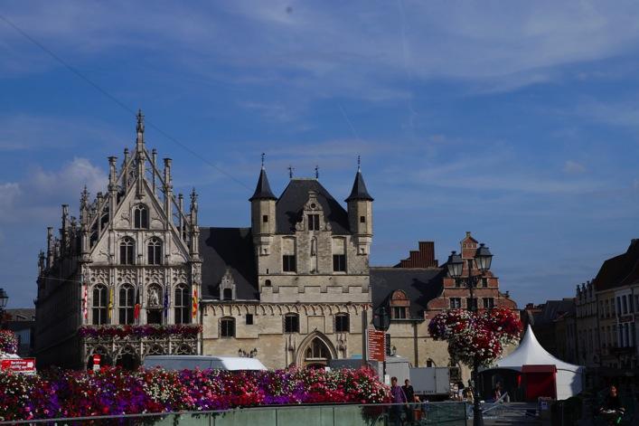 Man On The Lam Top 100 Travel Blog Posts of 2015 so far by social media shares  Mechelen Belgium