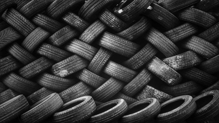 Pile tire 868894 1280