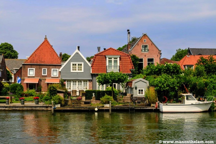 Muiden Netherlands canal boats houses