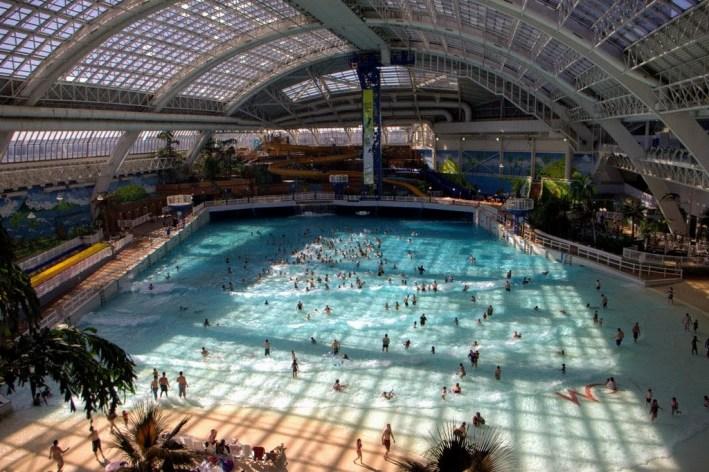 West Edmonton Mall waterpark, Edmonton, Alberta CANADA 3