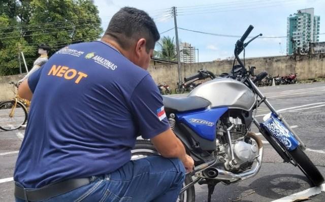 Detran-AM multa 223 condutores por motos barulhentas em Manaus