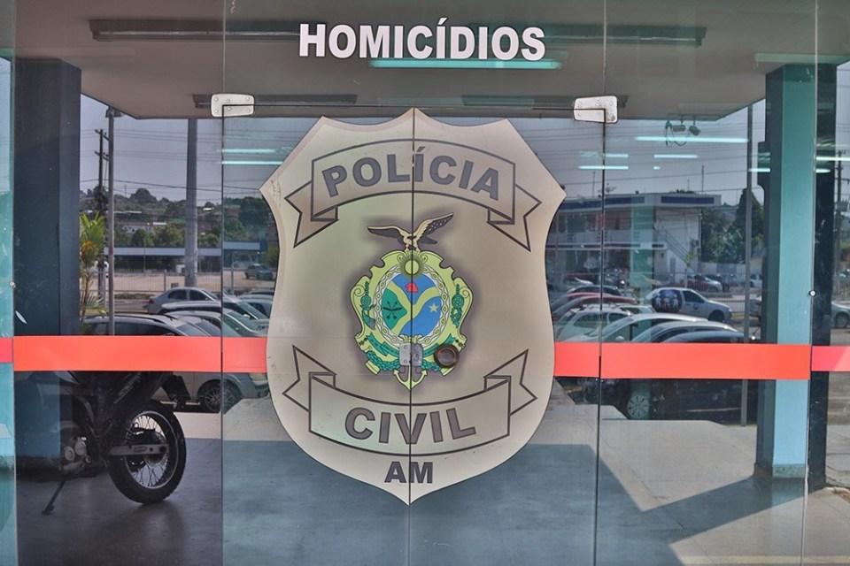 Polícia prende homem suspeito de matar a tiros o próprio irmão na frente do pai