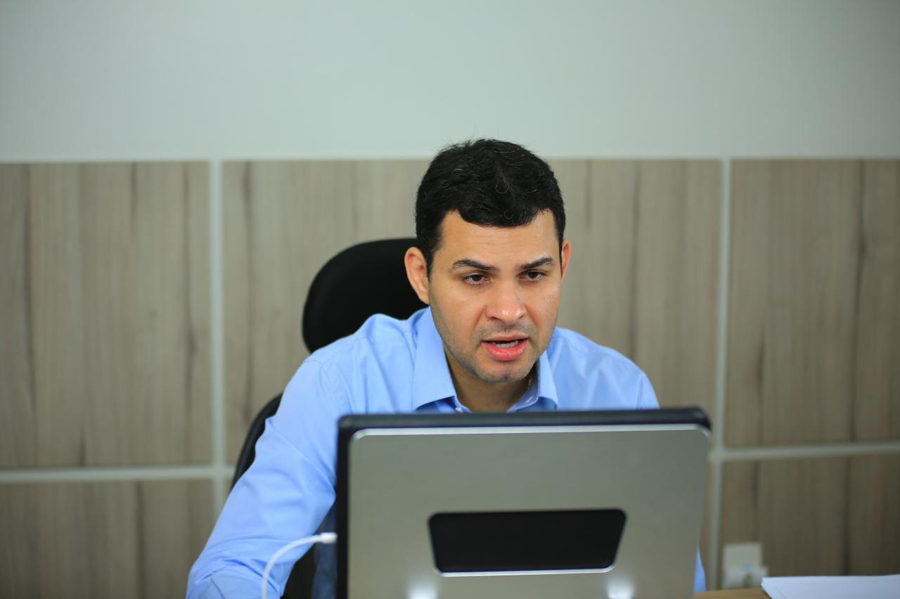 Saullo Vianna intercede por prefeitos do interior e propõe repasse emergencial aos municípios