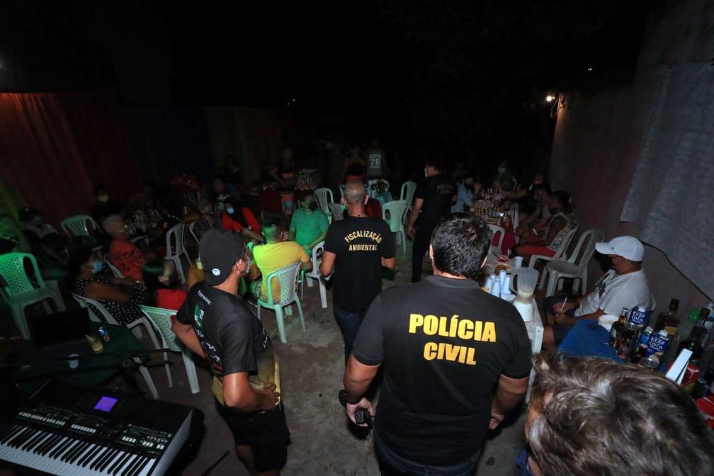 10 estabelecimentos são fechados e festa clandestina é encerrada em Manaus