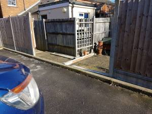 Replacement of existing fence corrugation Road Burnham on Crouch (before)1