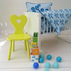 Baby Bedding – Graphic Tree Blue. Organic Cotton Size 70×100 Euro 40