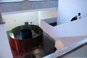 """Frac Aquitaine vue du rez-de-chaussée, installation """"Coulisses"""" 2013 d'Olivier Vadrot"""
