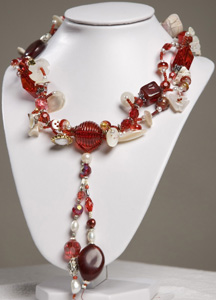 Scarlet Diva necklace