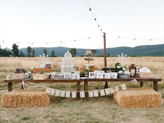 rustic-wedding-barn-decor-ideas6