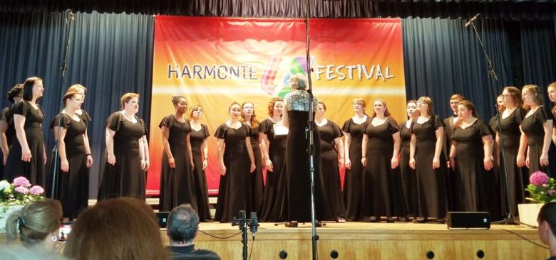 The first prize winning MU Women's Choir performing at the 2017 Harmonie Festival.