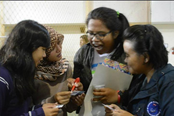 UNDIP students get to know manta rays
