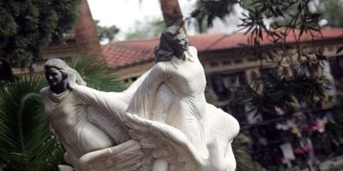 estatua tres niñas de alcácer, el caso de las niñas de alcàsser,