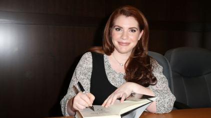 stephenie meyer, escritora de crepúsculo, libros de vampiros,
