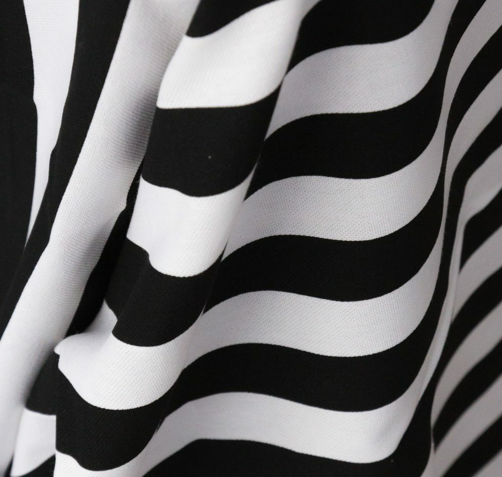 New York Black & White Striped Tablecloth
