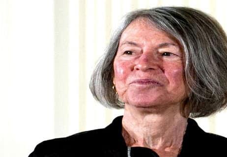 Read more about the article من هي لويز جلوك الفائزة بجائزة نوبل في الأدب لعام 2020