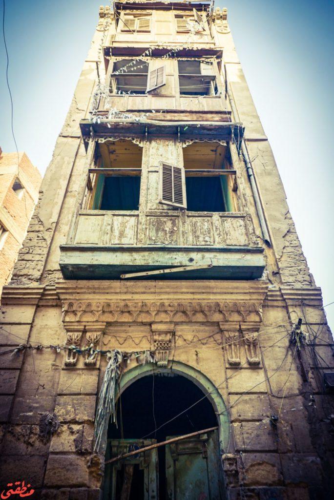 واجهة أحد المباني التراثية القديمة المهملة في درب حيدر بحي عابدين - تصوير: ميشيل حنا