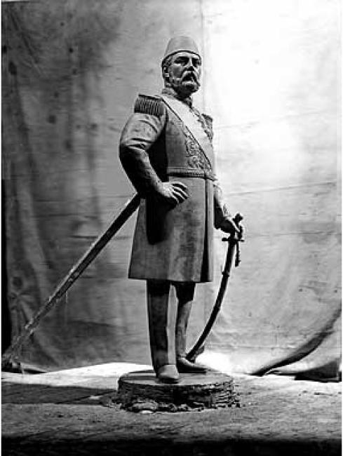 تمثال الخديوي إسماعيل في إيطاليا