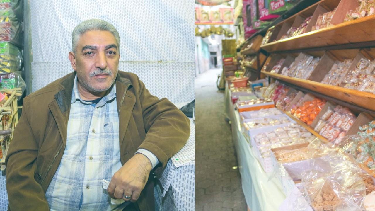 يقول الحاج حسن الزغاط ذو السبعين عامًا، وأحد أقدم تجار بيع حلوى المولد بشارع باب البحر