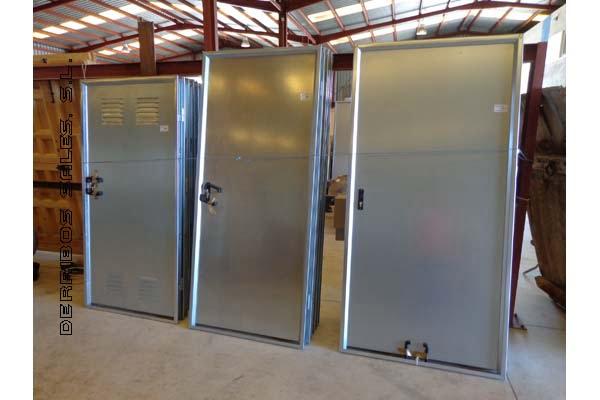 colocacion cerradura en puerta de chapa: puertas de chapa galvanizadas