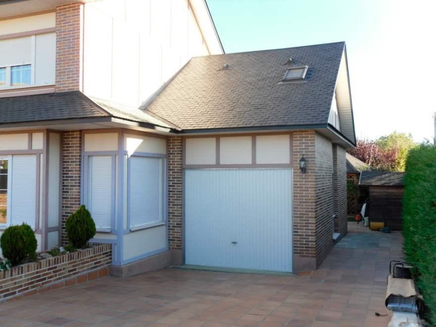 Abrir puertas de garaje sin luz
