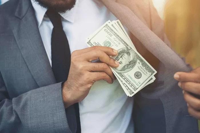 e-possivel-ficar-rico-advogando