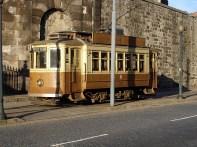 Bonde na cidade do Porto