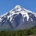 Estrada de Pucón para a fronteira argentina