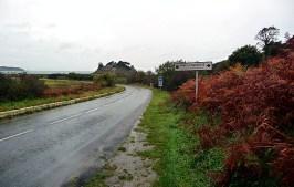 Estrada rural na Bretanha