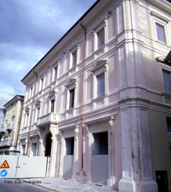 Edifício restaurado em l'Áquilla