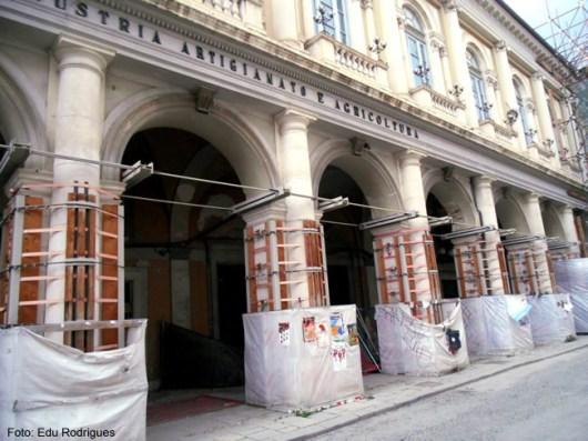 Restauração em um palácio de l'Aquila