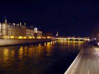 Paris à noite