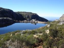 Pequena represa na Serra da Estrela