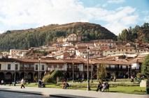 Plaza de Armas, em estilo colonial Cuzco, Peru