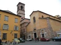 Praça em Lucca, Itália