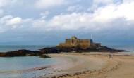 Praia em Saint-Malo