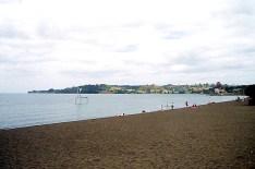 Praia lacustre em Puerto Varas, Chile