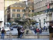 Praça em Roma, Itália