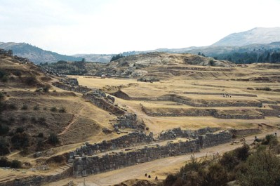 Sacsuayaman, vista panorâmica, Vale Sagrado - Foto Manual do Turista